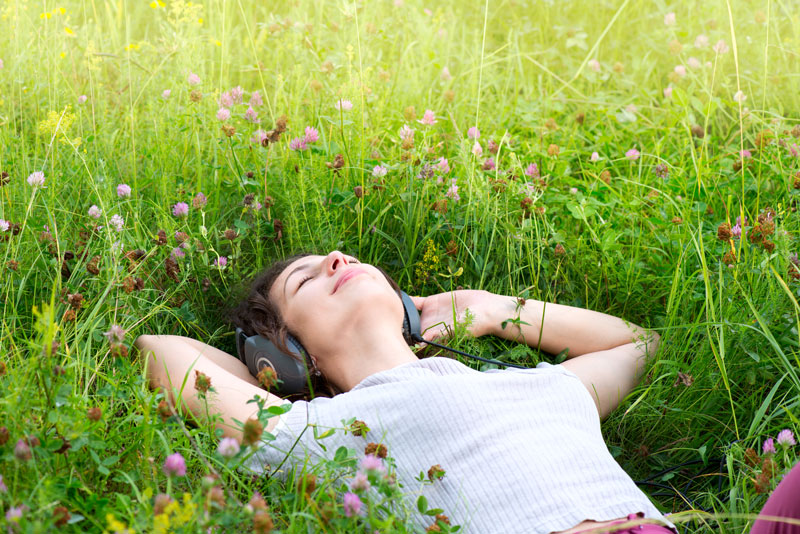 LifeSonics Relax Girl