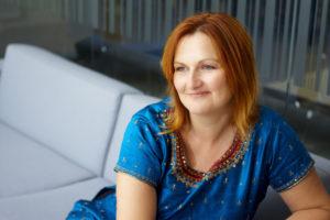 Lyz Cooper Author